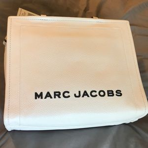 Marc Jacobs white pebbled leather tote